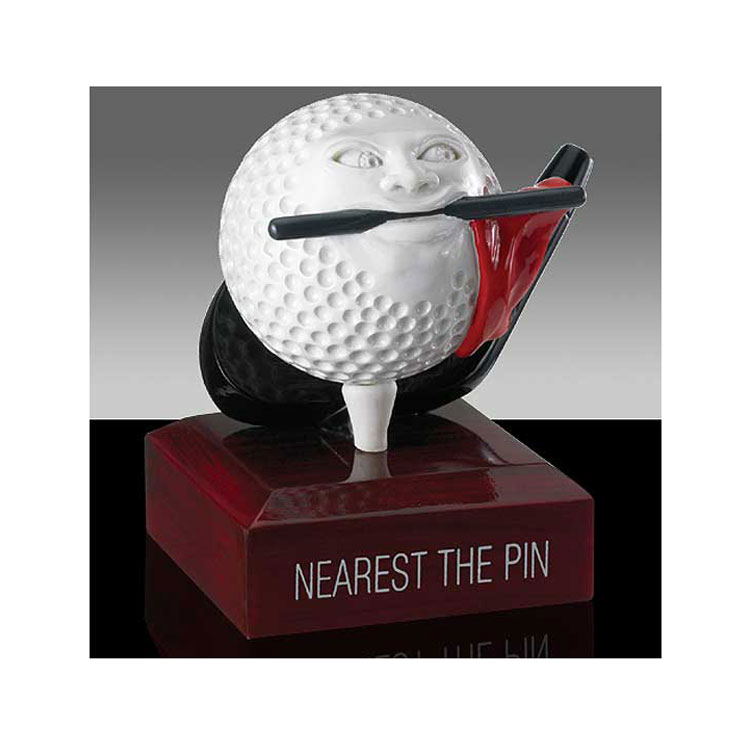 FUNNY AWARD NEAREST THE PIN
